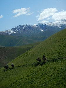 Horse trek by Song Kol Lake